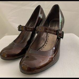 Gianni Bini patent leather heels